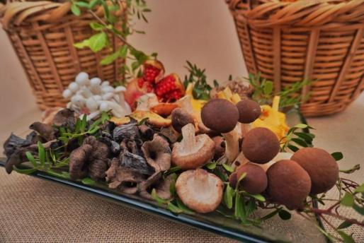 Las setas cultivadas se han ido incorporando en los platos de temporada.