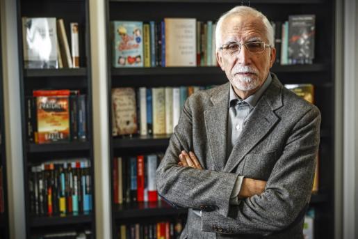 Fotografía de archivo (29/03/2017), del escritor Luis Mateo Díez que ha sido galardonado con el Premio Nacional de las Letras españolas 2020 que concede el Ministerio de Cultura y Deportes.