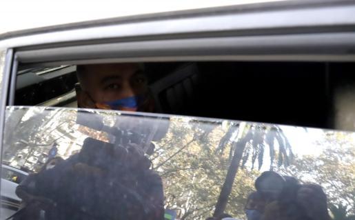 El 'Ico', en el interior de un vehículo, a su llegada a los juzgados.