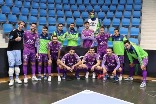 Imagen de la plantilla tras el partido.