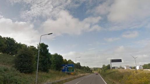 La investigación está abierta y la policía busca información del robo, producido en una vía de acceso a Northamptonshire.