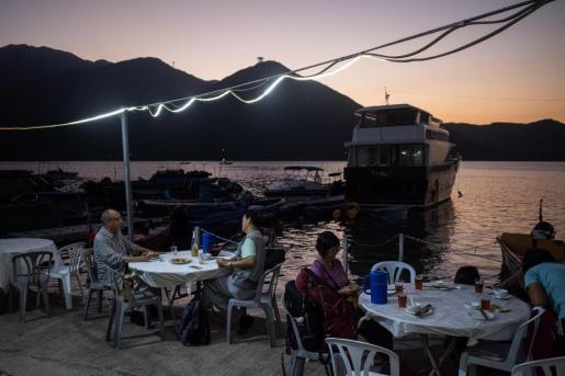 Imagen de la aldea pesquera de Tung Chung, Hong Kong, en China.