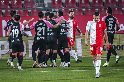 Los jugadores del Mallorca celebran el gol conseguido la semana pasada por Salva Sevilla en Montilivi contra el Girona.