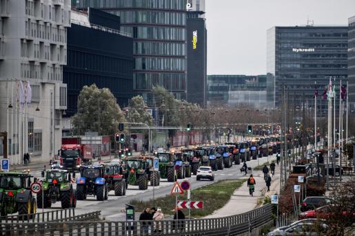 Los agricultores se manifiestan contra la acción del gobierno en Copenhague.