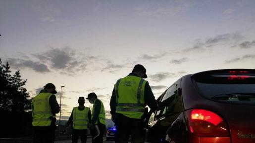 El taxista dio 0,46 en dos pruebas, por lo que triplicaba el límite establecido para conductores profesionales.