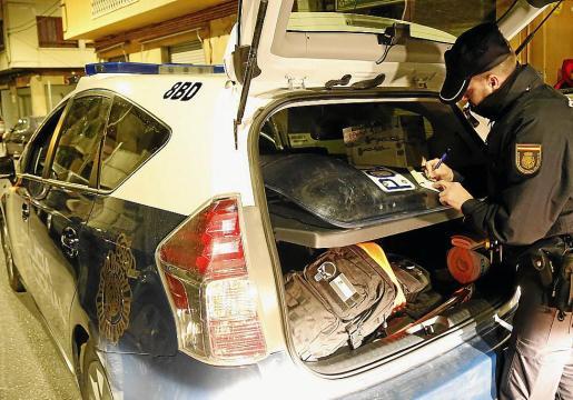 La víctima acudió a un local de Pere Garau para cobrar una deuda cuando fue agredido.