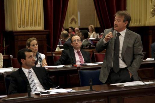 El conseller de Salut, Antoni Mesquida, durante su intervención esta mañana.