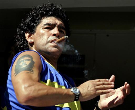 Maradona tuvo que enfrentarse a numerosos problemas de salud y de adiciones.