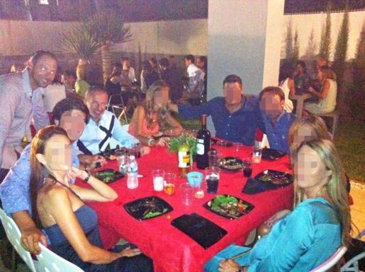 Imagen de una cena a la que asistieron Delgado y Gelabert en 2013.