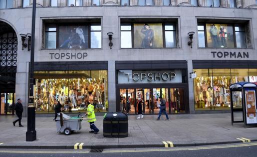 Fachada de la tienda Topshop en Oxford Street en Londres.