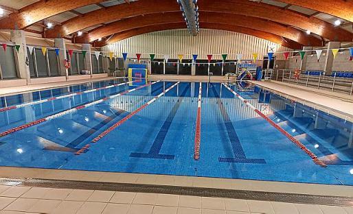 La piscina cubierta ha sido totalmente remodelada.