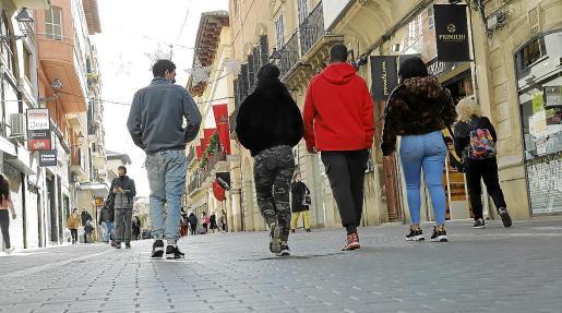 Ocupación y emancipación Fuera de pandemia, los jóvenes de Baleares presentan un mayor nivel de ocupación que la media española, pero se enfrentan a una vivienda inasequible.
