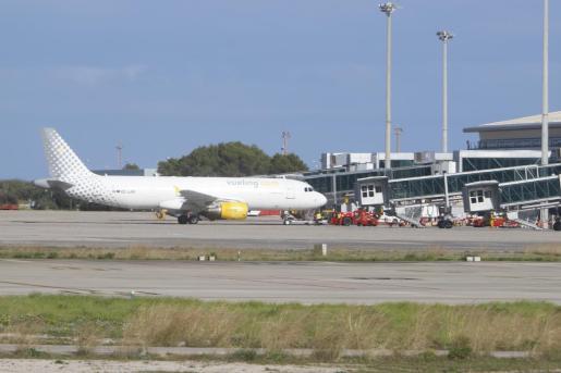 A nivel internacional, Vueling restablecerá siete rutas desde Italia y otras siete desde Francia que conectarán con España.