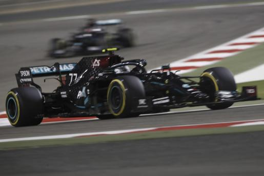 El piloto finlandés Valtteri Bottas (Mercedes) se quedó la pole del Gran Premio de Sakhir, penúltima cita del Mundial.