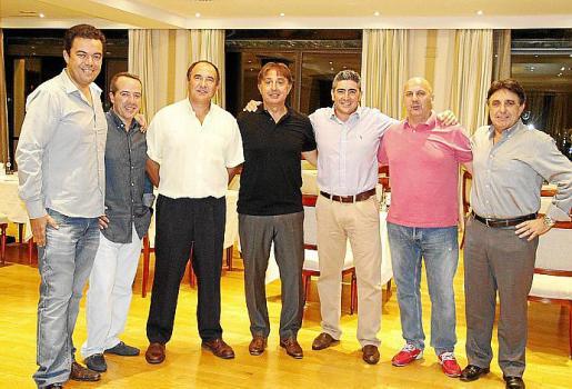 Andreu Llabrés, Antonio Vázquez, Toni Martorell, Julio Albendea, Francisco Serrano, Isidoro de Miguel y Carlos Albendea.