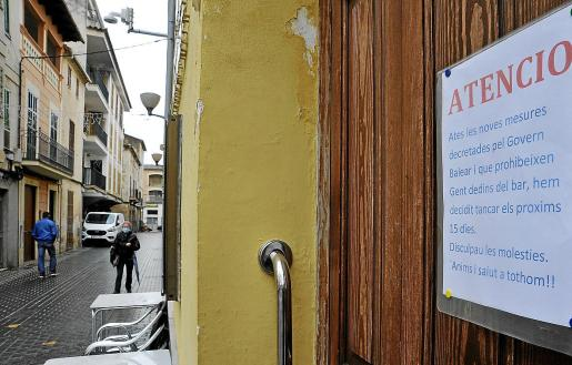 Empieza a cundir el desánimo entre restaurantes, bares y tiendas, los negocios más afectados.