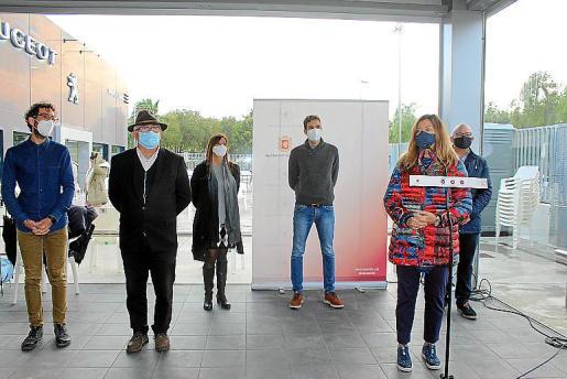 Patricia Gómez visitó el dispositivo junto a miembros del Ajuntament.