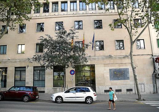Imagen de archivo de la fachada de la Fiscalía de Palma.