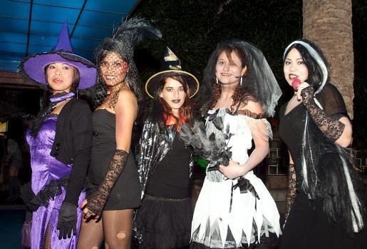 El concurso de disfraces de Halloween está abierto a público de todas las edades.