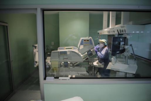 Unidad de Cuidados Intensivos del hospital Son Llàtzer.