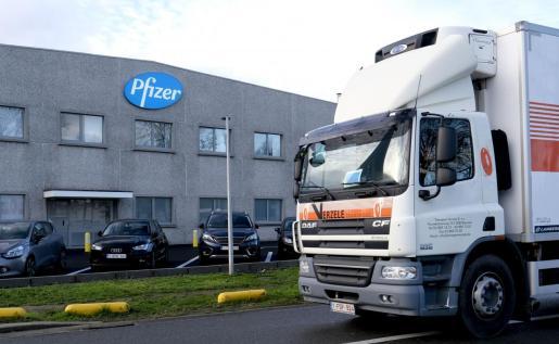 Las vacunas de Pfizer llegarán a España el próximo domingo.