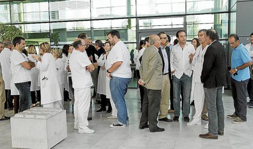 Los médicos de Son Espases protestan por las listas de espera Fotos: JAUME MOREY
