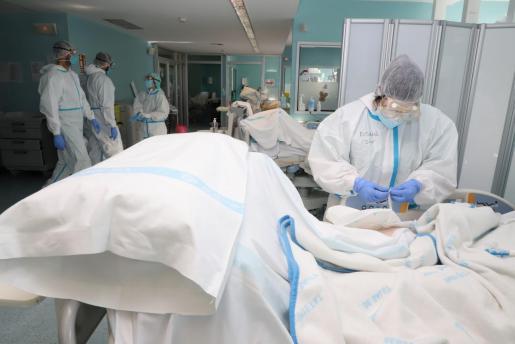 Los sanitarios están realizando un esfuerzo muy importante en esta pandemia.