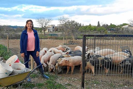 Na Joana 'Mirona' ahora trabaja para conseguir los objetivos que marcan la economía familiar.