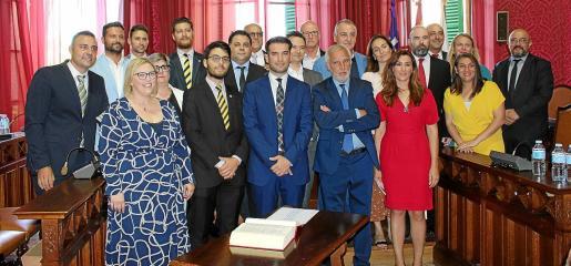 Las elecciones dejaron un Ajuntament con nueve formaciones que ahora, con la ruptura de Vox, ya se han convertido en diez.