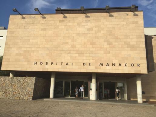 La mujer ha sido trasladada al hospital de Manacor.