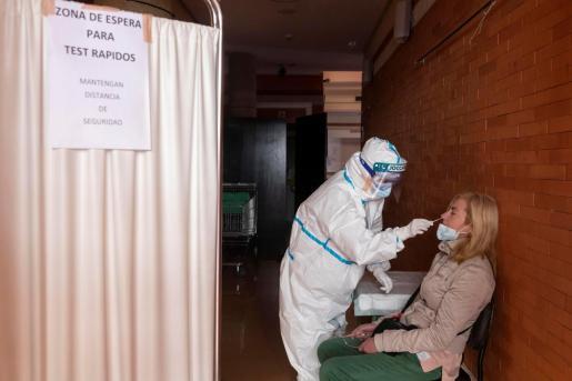 La incidencia media actual de contagios en España en los últimos 14 días sigue aumentándo.