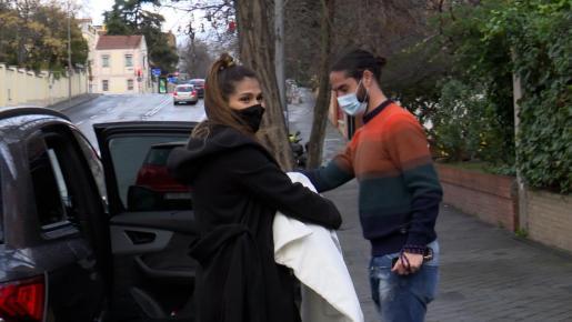 Sara Sálamo e Isco Alarcón aparecen por primera vez con su hijo