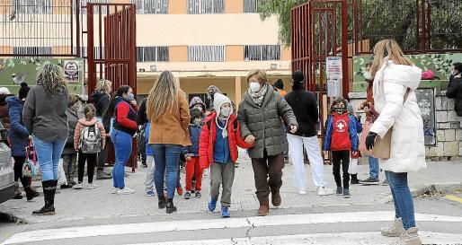 Los niños volvieron al cole tras las fiestas navideñas.