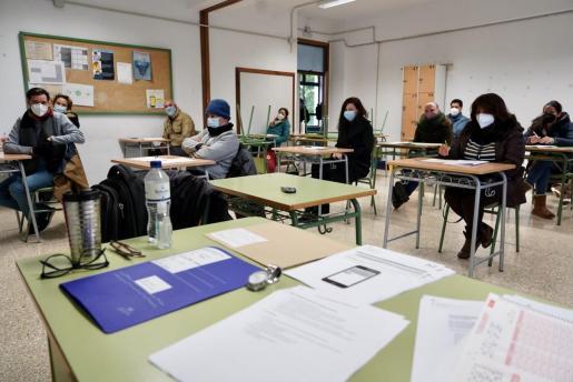 Una clase de instituto antes de la prueba de catalán.