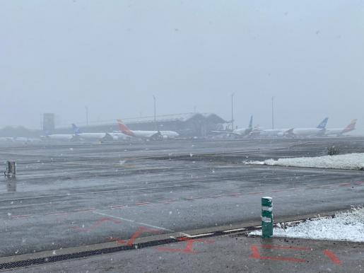 Imagen de archivo de Barajas, tras la nevada.