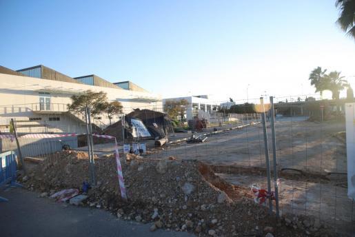 Imagen de los exteriores de las piscinas de Son Hugo, en obras durante estos meses.