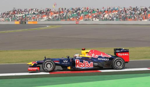 El piloto alemán Sebastian Vettel, durante la sesión de clasificación del Gran Prmeio de la India.