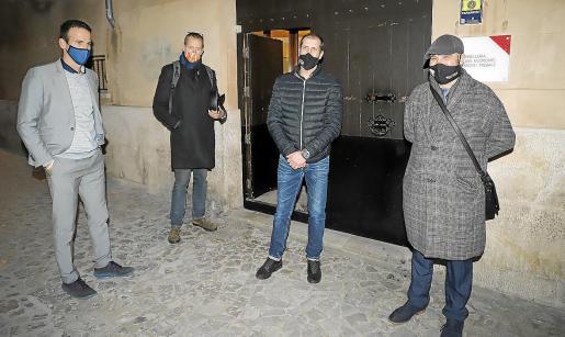El presidente de PIMEM, Jordi Mora; el vicepresidente de PIMEM Restauración, Helmut Clemens; y los hosteleros Alberto Jareño y Víctor Sánchez, que acudieron a la reunión con Negueruela de la mano de PIMEM.