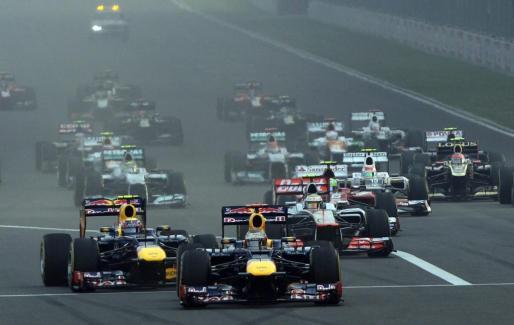 El Gran Premio de la India, instantes después de su comienzo.