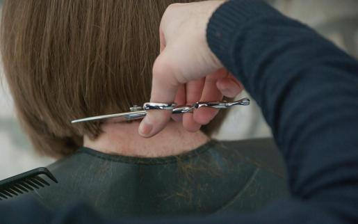 Las peluquerías aseguran que se están viendo afectadas por la crisis.