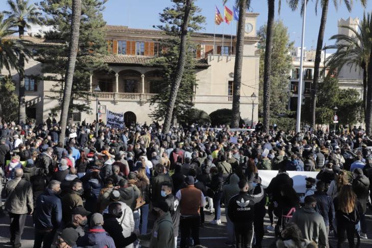 """[UPyD-C's] Manifestación Palma de Mallorca """"si Cataluña tiene concierto económico Baleares también"""" 486"""