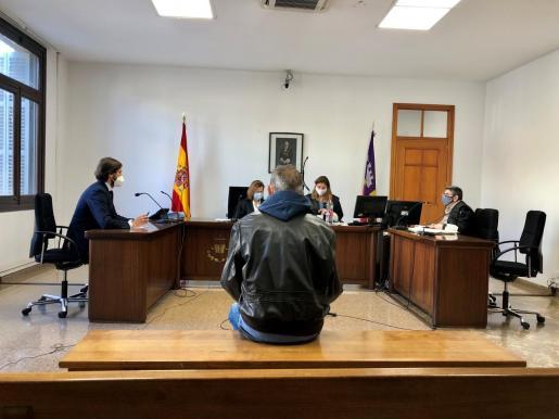 El acusado, este jueves, en el juicio celebrado en Palma.