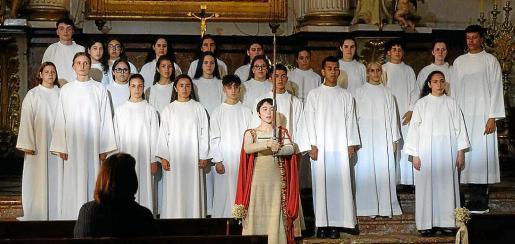 El canto de la Sibil·la rodado en Valldemossa abrió el primer capítulo de la temporada.