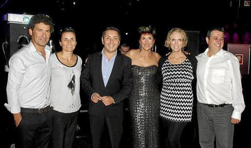 Carlos Alcover, Paula Serra, Carlos Durán, Marga Nicolau, Lina Pons y Emilio Moreno.