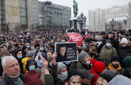 Según OVD, el número actual de detenidos es de 2.131, la gran mayoría en Moscú (795), mientras que en San Petersburgo fueron 309 los arrestos.