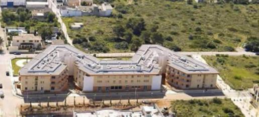 La residencia del Hospital de Llevant tiene un brote con 10 usuarios positivos.