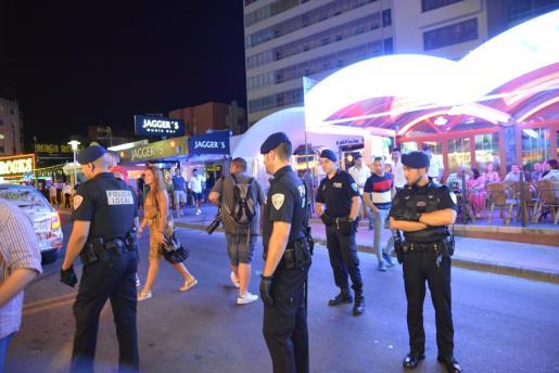 La Policía Local de Calvià interceptó al hombre en la avenida s´Olivera.