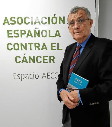 El doctor y presidente de la AECC en Balears, Javier Cortés.