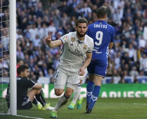 El defensa del Real Madrid Nacho Fernández durante un partido.