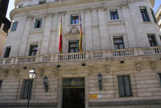 Los sindicatos CCOO y UGT tienen previsto manifestarse el próximo 11 de febrero ante la sede de la Delegación del Gobierno en Baleares.